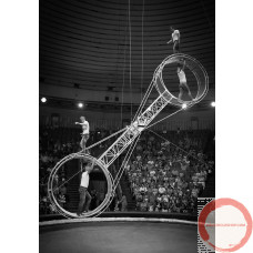 PRICE ON REQUEST. The American wheel of death (2-arms swing) Suspended